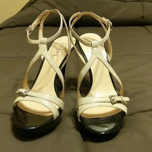 Black/ Cream Guess heels